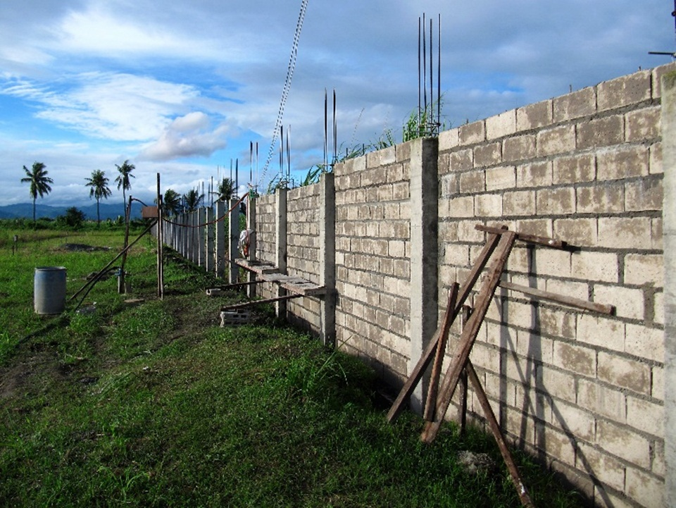 work on CEA perimeter wall